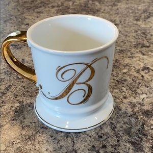 """HOME ESSENTIALS """"B"""" Mug"""